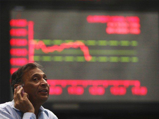 Benchmark KSE-100 index falls 219.82 points. PHOTO: AFP/FILE