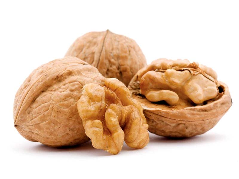 how to include walnuts in diet