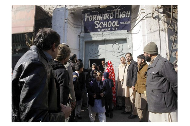 School student return to home after closure announcement due to security threats. PHOTO: PPI