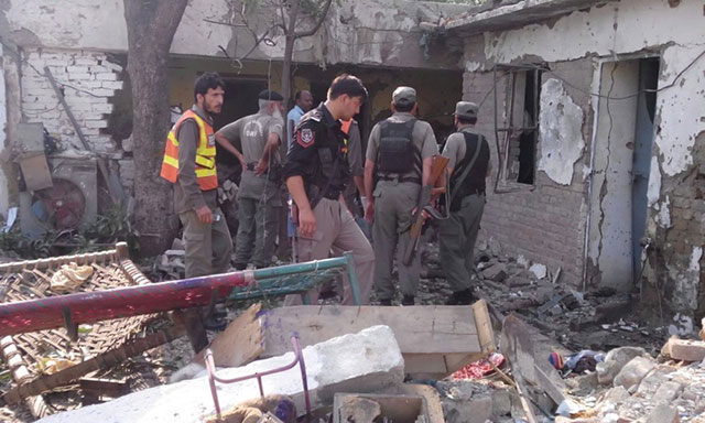 TTP faction Jamaat-ur-Ahrar claims bombings at district courts. PHOTO: EXPRESS