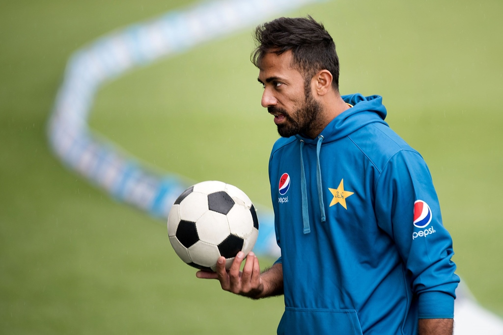 Wahab Riaz believes fellow teammate will provide with required edge over Australia. PHOTO: AFP