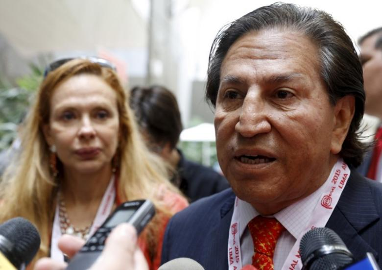 Former Peru's President Alejandro Toledo and his wife Eliane Karp arrives to the 2015 IMF/World Bank Annual Meetings in Lima, Peru, October 8, 2015. PHOTO: REUTERS