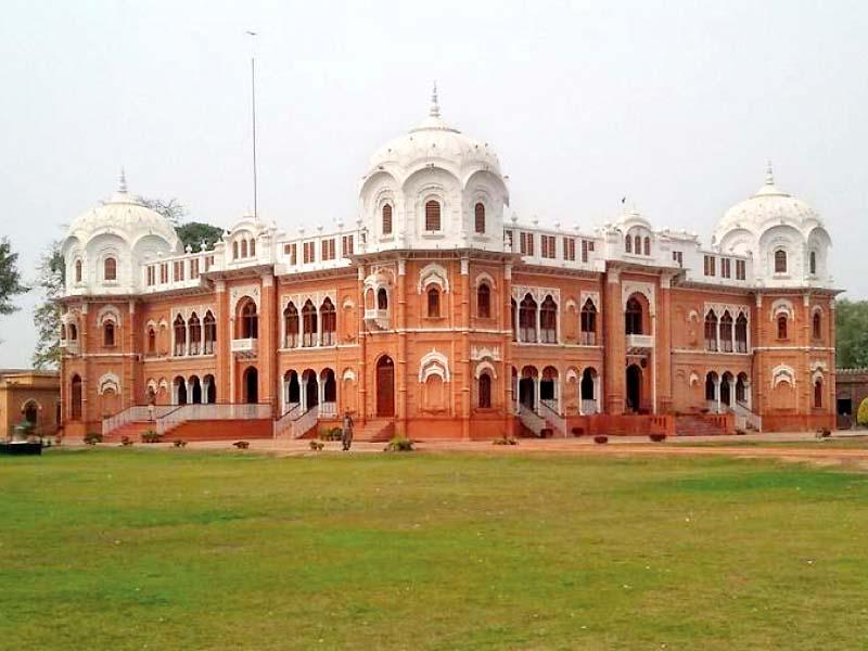 A century later, Bahawalpur's Darbar Mahal stands tall