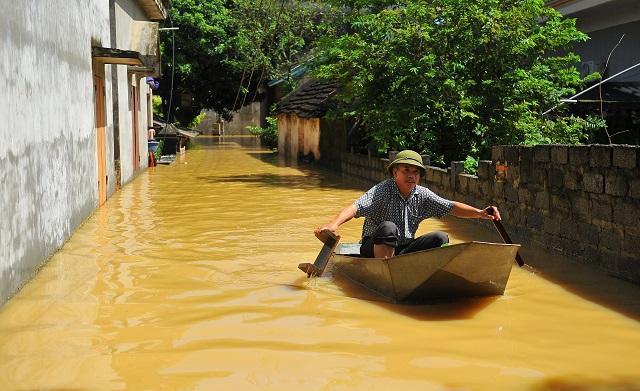 Vietnam flood and landslide toll hits 54   The Express Tribune