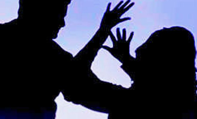Five dacoits gang-raped a 25-year-old woman during a robbery at her house in Multan. PHOTO: REUTERS/FILE