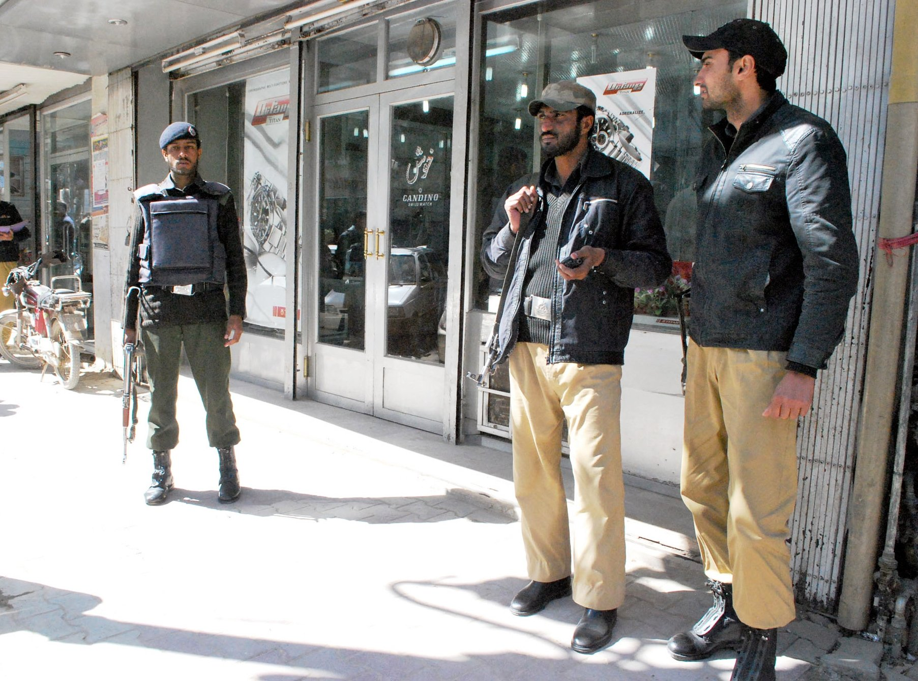 Quetta police on patrol. PHOTO: EXPRESS/FILE