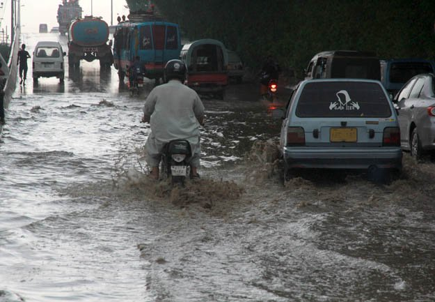Flooded streets in Karachi PHOTO: EXPRESS