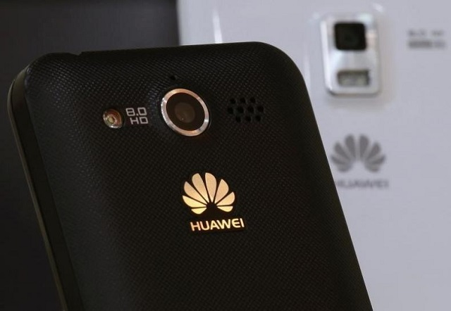 Huawei mobile phones are displayed in one of its offices in the southern Chinese city of Shenzhen September 24, 2012. PHOTO: REUTERS