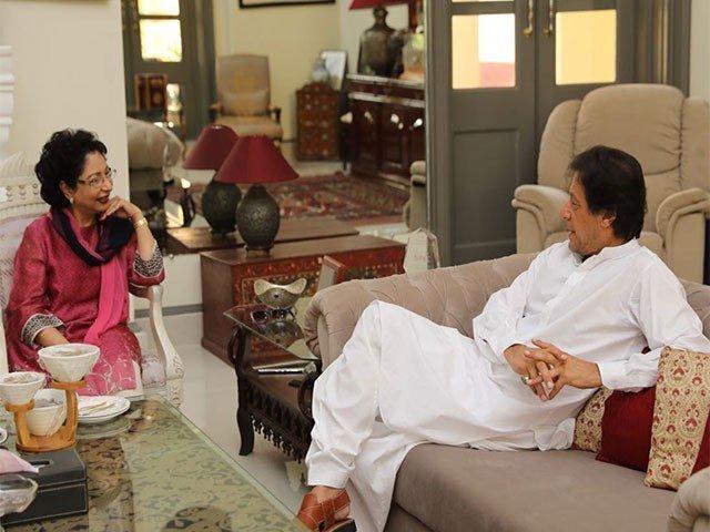 Imran Khan meets Islamabad's Permanent Representative to the United Nations Maleeha Lodhi at Bani Gala on Sunday. PHOTO: TWITTER/PTI