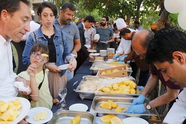 Wide-range of mango delicacies such as milk-shake, lassi, ice cream, salad served, made of fresh Pakistani mangoes. PHOTO: CREDIT: https://twitter.com/PakTurkey