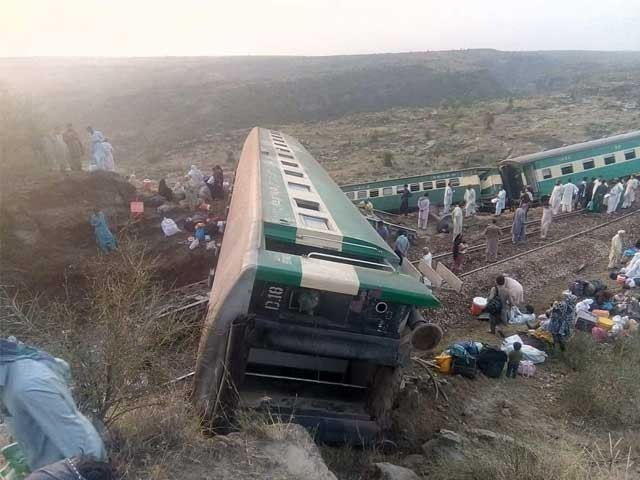 Khushal Khan Express derails around 6am between Masaan and Sohan railway stations. PHOTO: EXPRESS