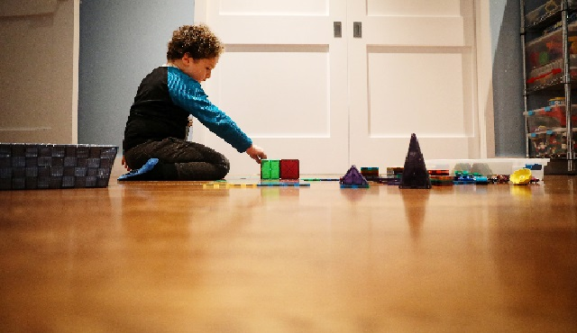Natan, the son of Reuters' US Health Editor Michele Gershberg, plays in Brooklyn, New York City, US. PHOTO: REUTERS