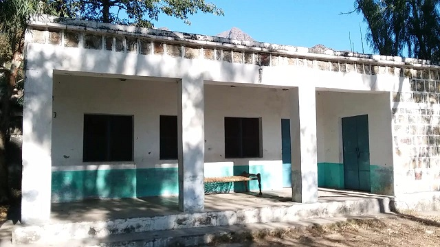 Abandoned girls primary school in Mardan. PHOTO:EXPRESS