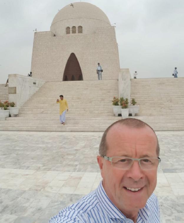Martin Kobler's visit to the Jinnah Mausoleum. PHOTO: twitter/@KoblerinPAK