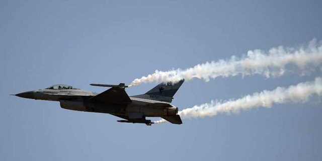 PAF F-16. PHOTO: AFP