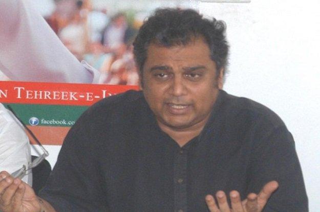 Zaidi said that the FWO will manage the 'Clean Karachi' campaign voluntarily. PHOTO: NNI