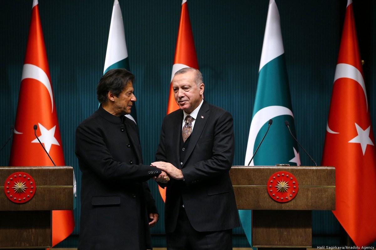 PM Imran Khan with Turkish President Recep Tayyip Erdogan. PHOTO: ANADOLU AGENCY