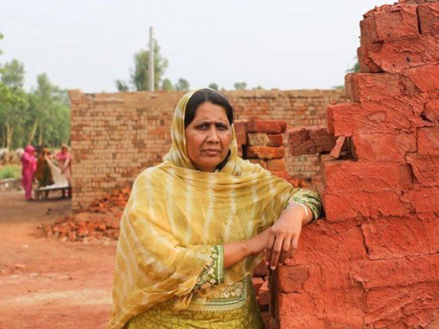 If Fatima was hiding something, then why did she have no qualms about sharing bank records with The Express Tribune or Dawn? PHOTO: HUMANS OF NEW YORK