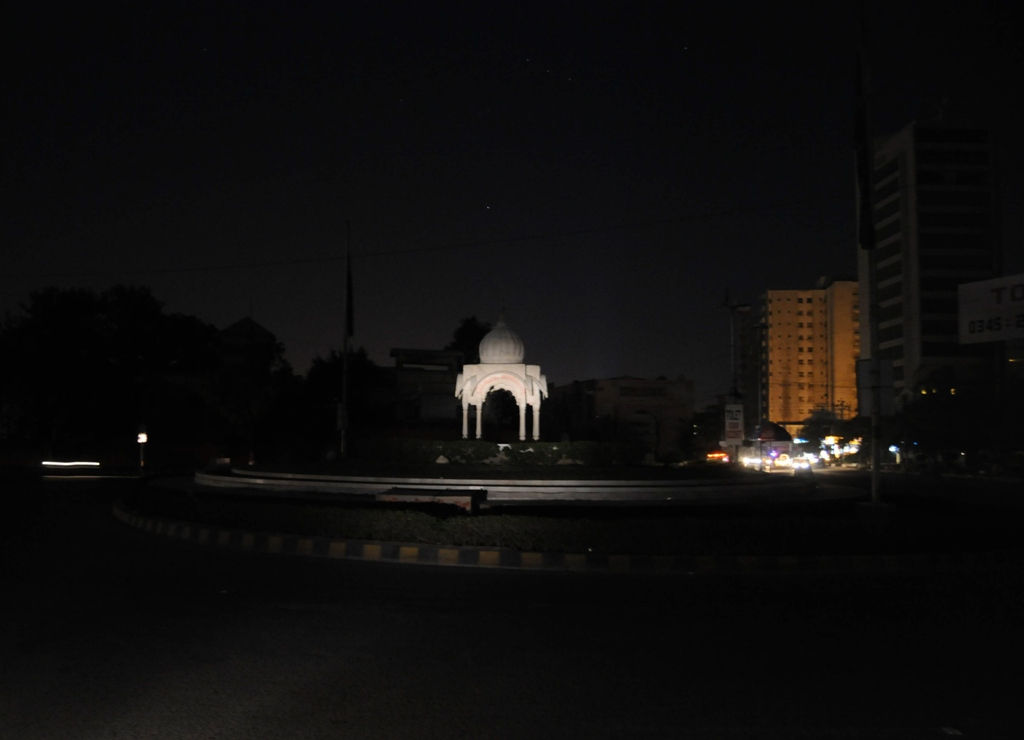 At least 60% of Karachi was reportedly blacked out. PHOTO: MOHAMMAD NOMAN/ EXPRESS