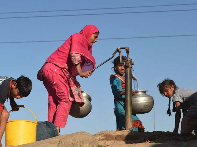 In Pakistan, huge swathes of the country sits on arsenic-contaminated groundwater. PHOTO: AFP