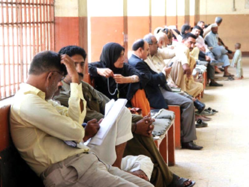 People seem to be perturbed because of the lawyers' boycott at the city court. The Sindh Bar Council called a strike against the SHC chief justice's remarks on Thursday. PHOTO: ONLINE