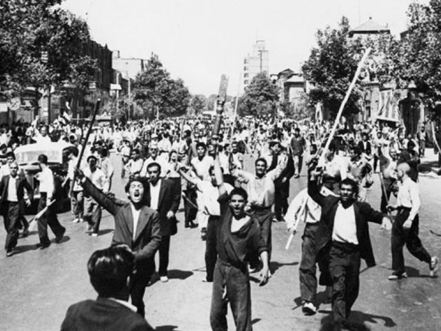 Monarchist demonstrators in Tehran downtown, August 26, 1953. PHOTO: AFP