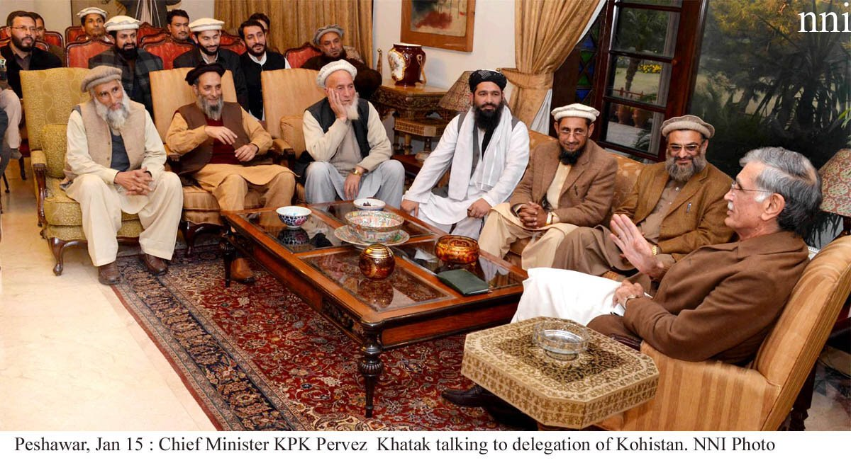 Khyber Pakhtunkhwa chief minister Pervez Khattak (R) speaking to a delegation from Kohistan on Wednesday. PHOTO: NNI