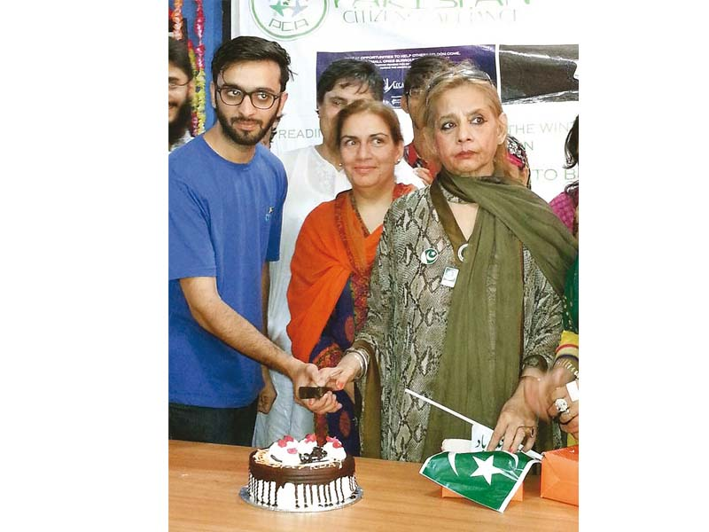 Roohi said she missed the presence of her contemporaries and friends Firdous Jamal and Abid Ali on her birthday this year. PHOTO: ADNAN LODHI/EXPRESS